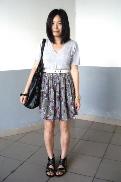 t-shirt - Baby Jane belt - H&M bracelet - skirt - Mango - PEINK shoes
