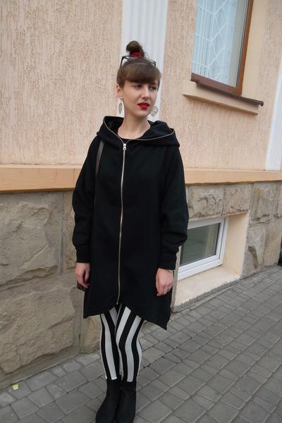 black Forever 21 coat - black and white Forever 21 leggings