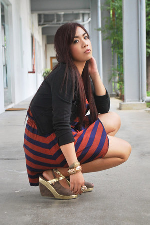 burnt orange striped Bazaar dress - black push thru jacket