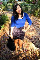 blue apartment from landmark top - black Yanie Medina skirt - gold landmark acce