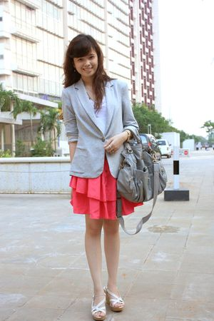 gray Zara blazer - white top - pink skirt - white Charles & Keith shoes
