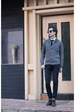 charcoal gray rib-knit MODSLOOK cardigan
