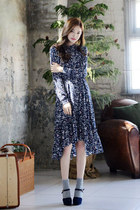 Frill-Neck Floral Pattern Dress with Sash (DEEPNY)