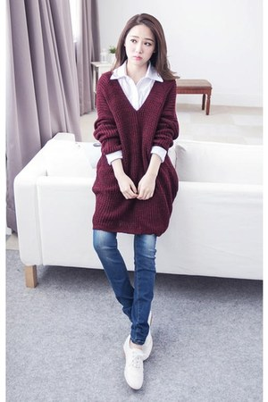 red lulus sweater