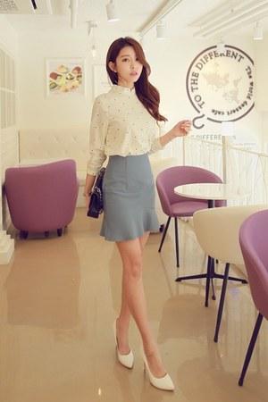 sky blue frilled-hem WITH IPUN skirt