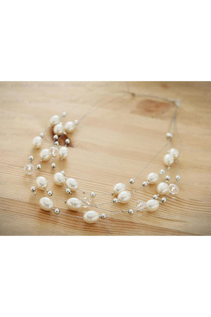 faux pearl Petit et Belle necklace
