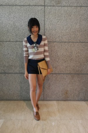 tan cotton sweater - brown leather Ruby shoes - camel leather bag