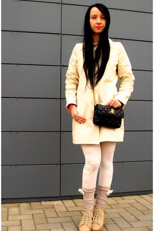 ivory Gap coat - black Marc Jacobs bag - beige Calzedonia socks