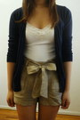 Navy-knit-old-navy-cardigan-tan-bow-tie-forever-21-shorts