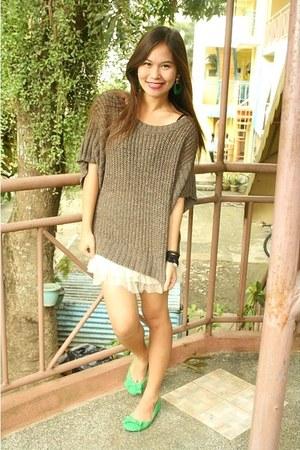 froufrou online skirt - Vanilla Sands top - cotton on flats