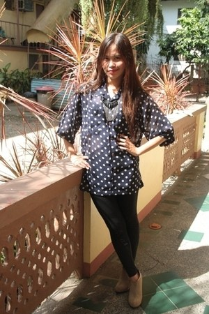 black Bershka leggings - online blouse - camel Forever21 wedges