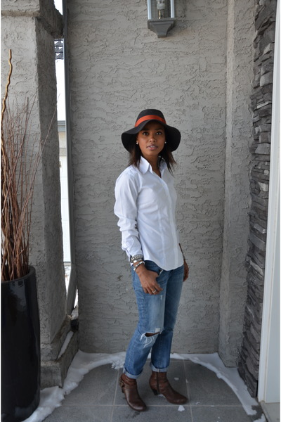 white Anne Klein shirt - sky blue Gap jeans - dark green Eddie Bauer hat