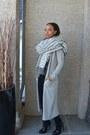 Black-denim-zara-jeans-silver-max-studio-scarf