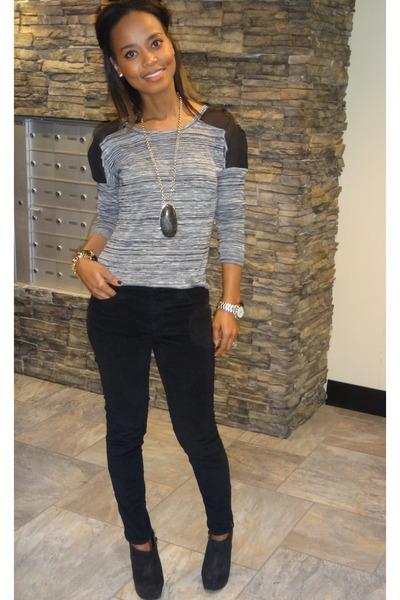 gray Dynamite jumper - black DKNY jeans