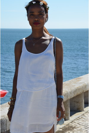 white cotton Forever21 dress