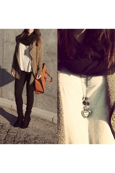 Zara bag - Seaside shoes - c&a leggings - Bershka shirt - Claires accessories