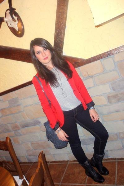 Bershka blazer - Mustang boots - Mango jeans - Dayaday bag - Mango t-shirt