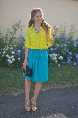 gold zana Dolce Vita heels - lime green neon Marshalls shirt