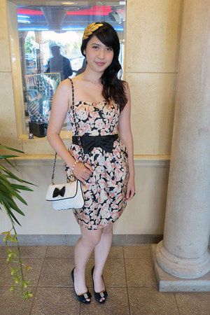 H&M dress - white Forever 21 bag - black Nina pumps - Betsey Johnson bracelet