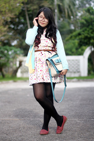 ivory printed dress - black H&M tights - aquamarine bag