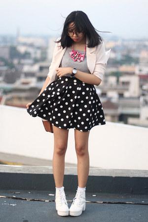 black polka dot PERSUNMALL skirt - white boots - cream chiffon blazer