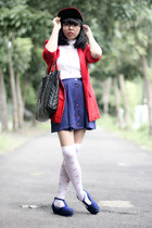 navy nautical skirt - blue platform shoes - black snapback hat - red blazer