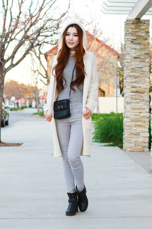 white sweater Zara cardigan - black leather Lucky Brand boots