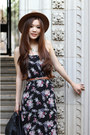 Black-floral-morphologie-dress