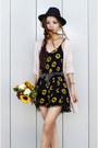 Black-floral-dressin-romper