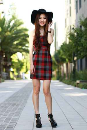 brick red plaid dress - black gladiator UrbanOG heels