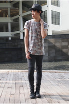 Converse shoes - H&M jeans - Topman t-shirt