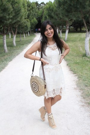 Zara dress - Urbaks bag - See by Chloe wedges