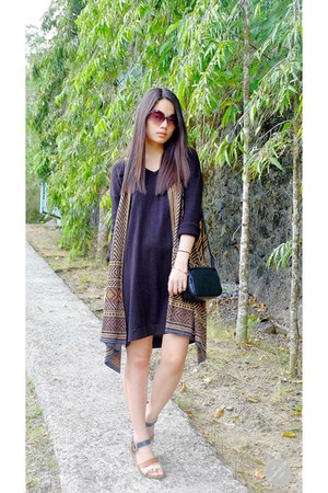 black Mango dress - round Forever 21 sunglasses - aztec Urban Outfitters vest