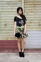 green Tangerine skirt - black WAGW bag - black Papaya clothing top