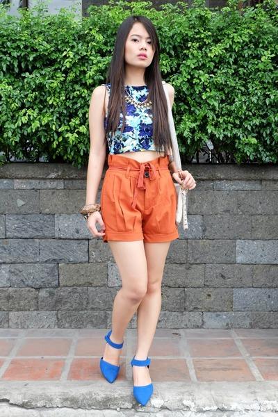 blue crop Tangerine top - Oxygen shorts