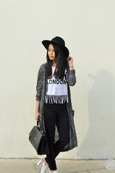 black H&M jeans - white marble mules Charles & Keith shoes - black romwe hat