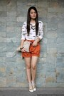 Gold-cole-vintage-shoes-cream-parisian-bag-carrot-orange-oxygen-shorts
