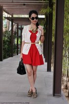 gold sm accessories necklace - red Forever 21 dress - black Primadonna bag