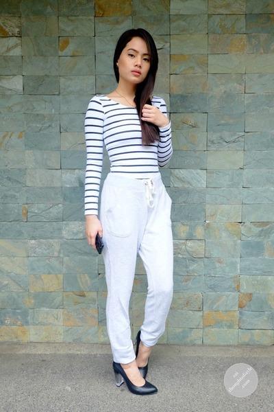 Aeropostale top - sweatpants Old Navy pants - Call it Spring heels