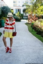 red Forever 21 wedges - neutral WAGW hat - ruby red belleza bag