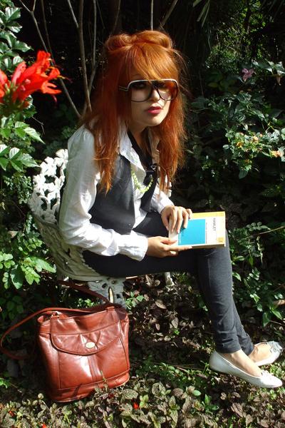 purse - shoes - blouse - sunglasses