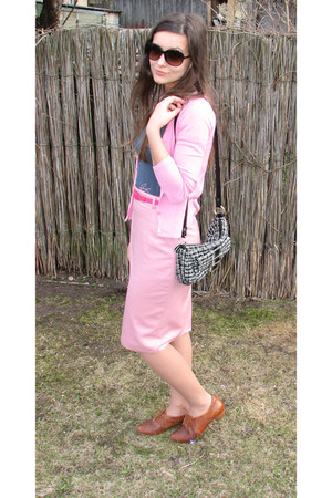 black thrifted purse - black Charles & Keith sunglasses - pink thrifted cardigan