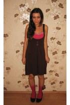 dark brown thrifted dress - hot pink socks - hot pink New Yorker top - dark brow