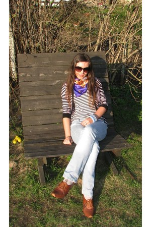 brown thrifted shoes - light blue Porte a Porte jeans - purple thrifted scarf -
