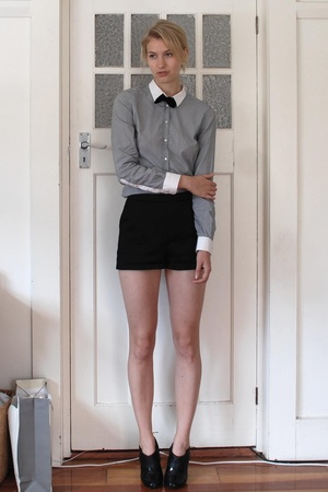 Zara shirt - vintage tie - kate hurst shorts - Mollini shoes