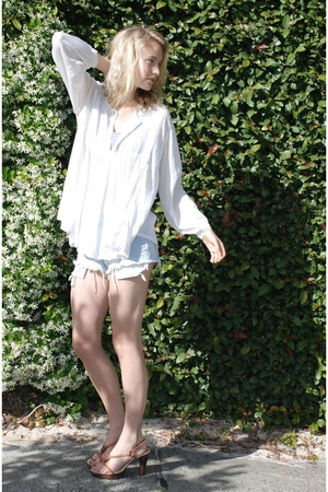vintage shirt - Target intimate - Vintage Levis shorts - Nine West shoes