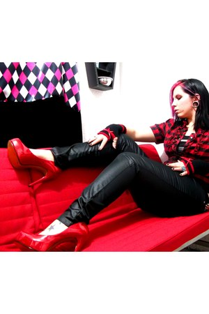 red PERUGIA heels
