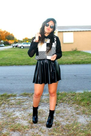 black Ambiance skirt