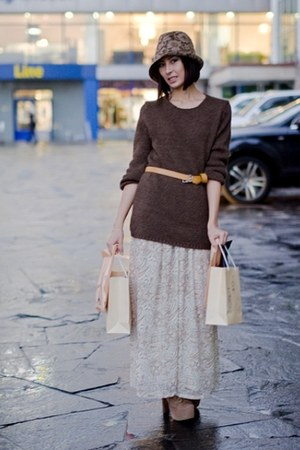 tan Zara hat - tan Jeffrey Campbell boots - neutral H&M dress