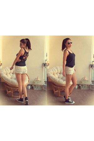 Zara shorts - Zara top - new look sneakers